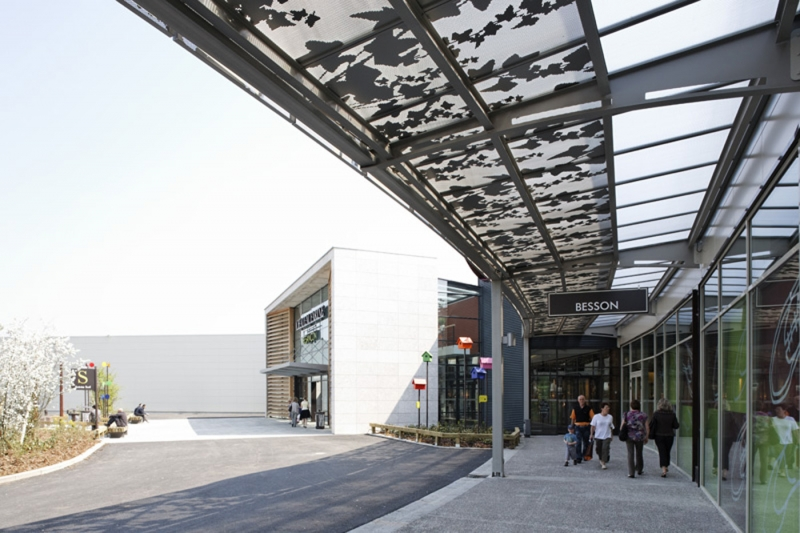 EXTENSION SHOPPING MALL